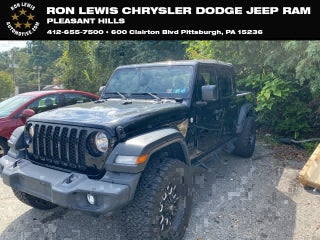 Jeep Dealership Pittsburgh >> Chrysler Vehicle Inventory Pleasant Hills Chrysler Dealer In
